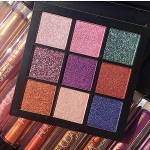BNIB HUDA Gemstone Obsession Eyeshadow Palette